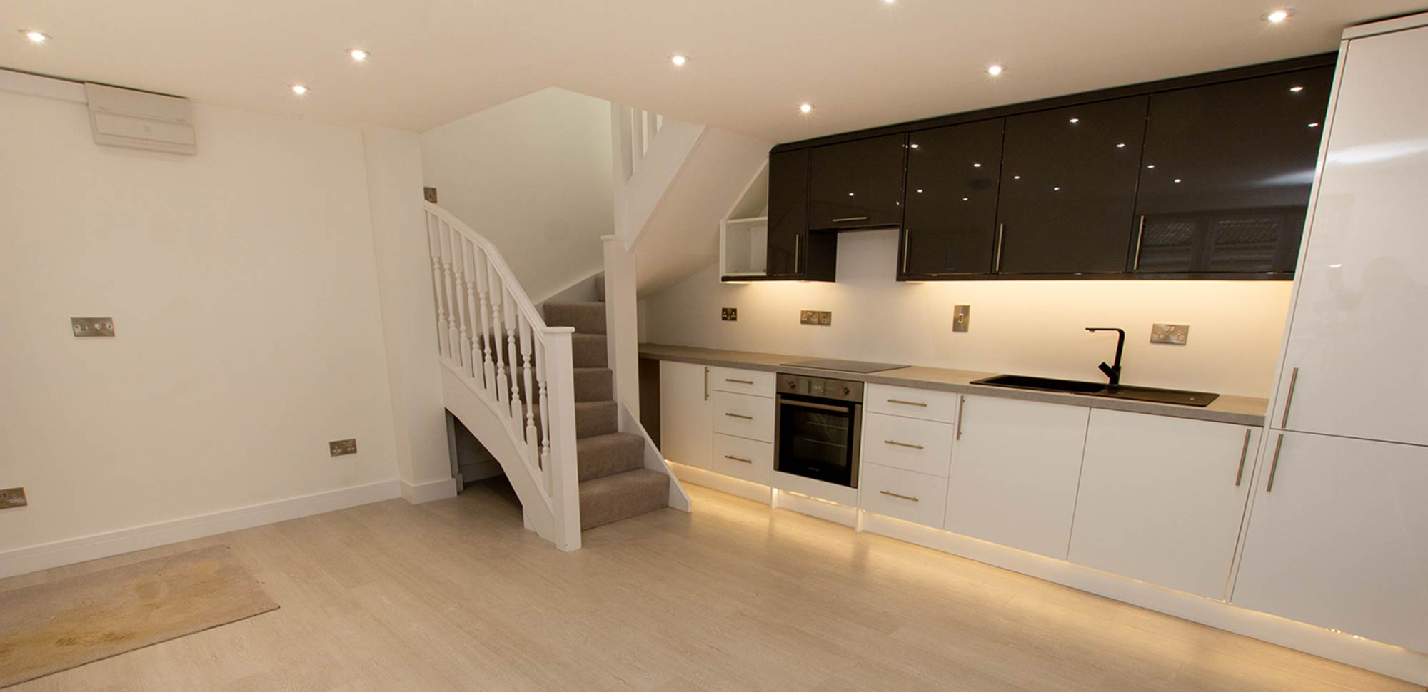Kitchen supply and installation Oxfordshire